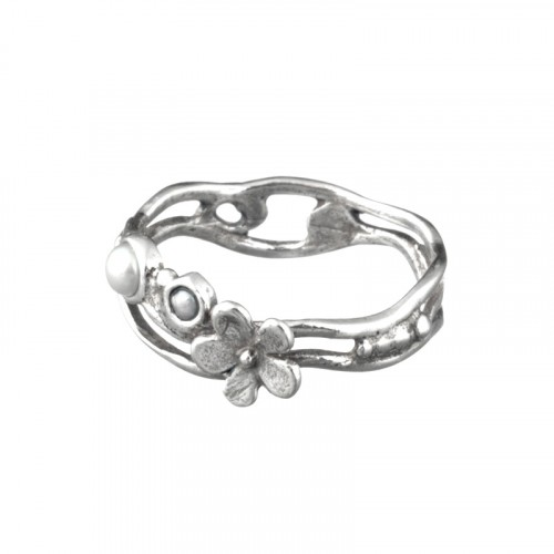 Stackable Silver Ring with Pearl